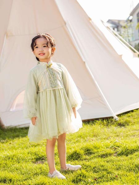 永福熊童装品牌2020春夏绿色网纱连衣裙