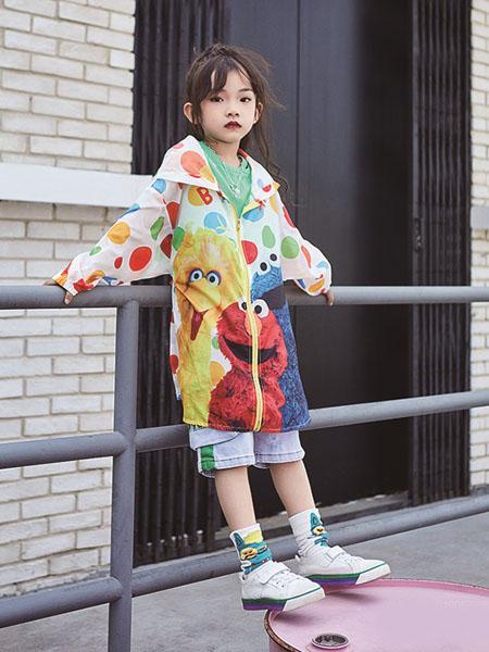 小资范童装品牌2020春夏长款连帽防晒衣