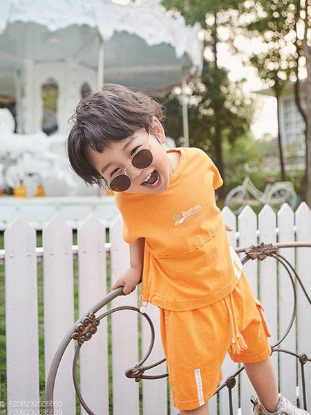 小资范童装品牌2020春夏橙色T恤短裤