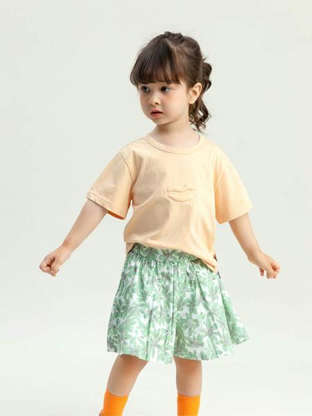 昕季雨童装品牌2020春夏圆领黄色T恤纯色