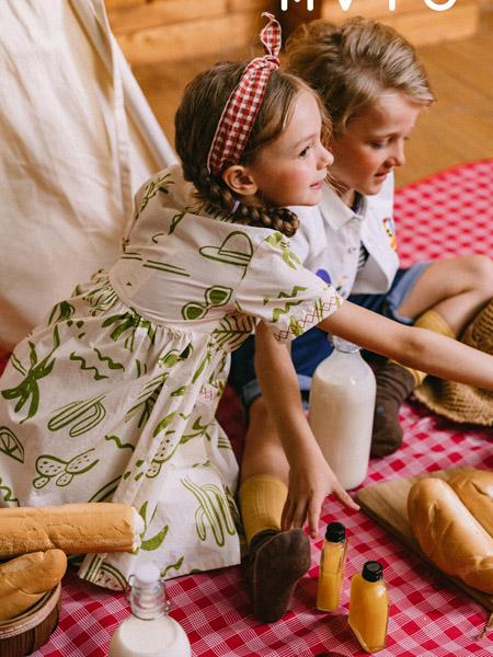五月童品 mayosimple童装品牌2020春夏白色绿色印花连衣裙