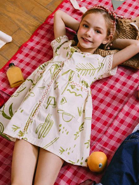 五月童品 mayosimple童装品牌2020春夏绿色印花白底连衣裙