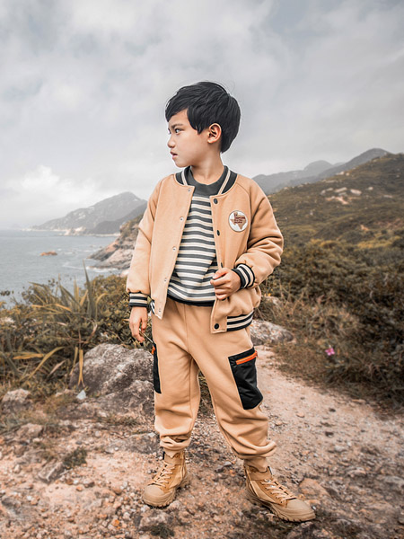 棉绘童装风格定位:健康、舒适、环保、时尚、个性