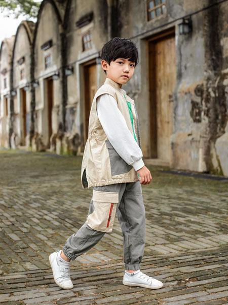 棉绘童装品牌2020秋冬米色夹克外套