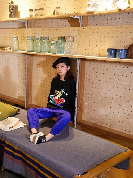 拉酷儿童装品牌2020秋冬黑色卫衣紫色长裤