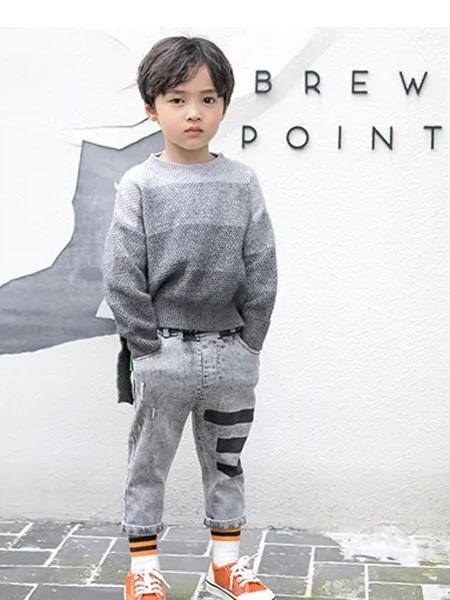 洛小米童装品牌2020秋冬灰色渐变色毛衣