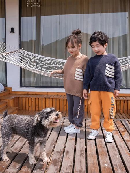 糖麦卡童装品牌2020秋冬深黑色卫衣