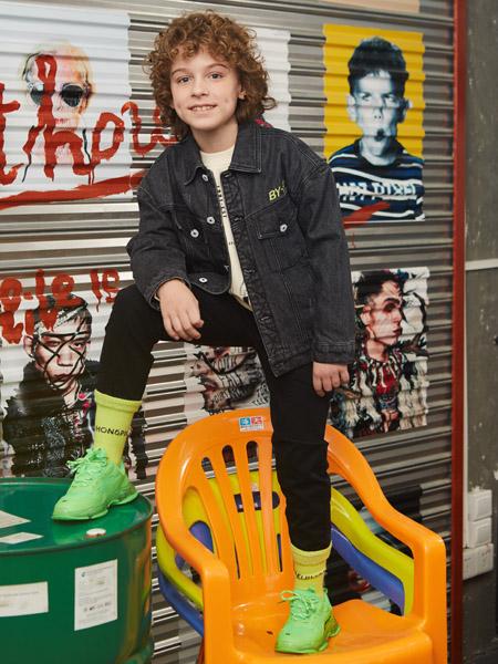 青蛙王子童装品牌2020秋冬黑色牛仔外套