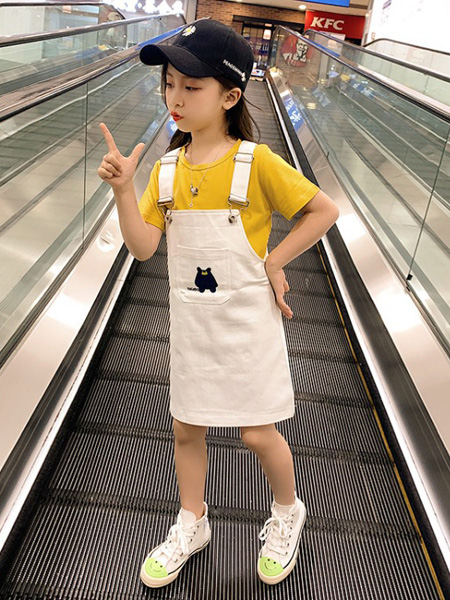 慕琛童装品牌2020春夏女童中大童纯色背带裤套装