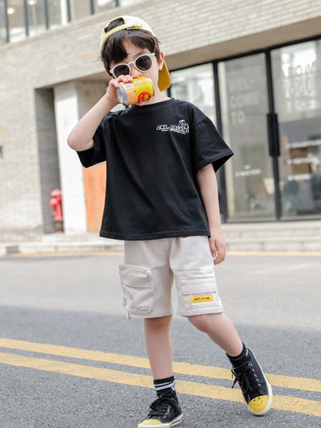 慕琛童装品牌2020春夏新款童装 男中大童闪电套装