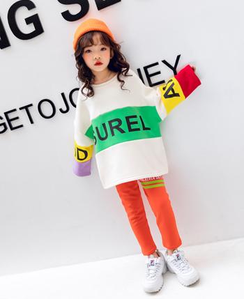 童乐惠童装品牌2020秋冬字母印花圆领卫衣