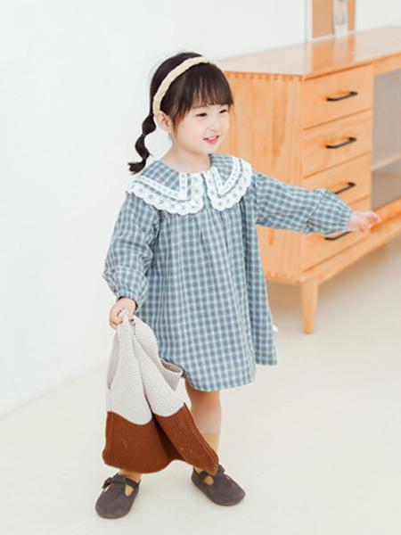 蒂萨纳D`sana童装品牌2020秋荷叶领格纹青蓝色连衣裙