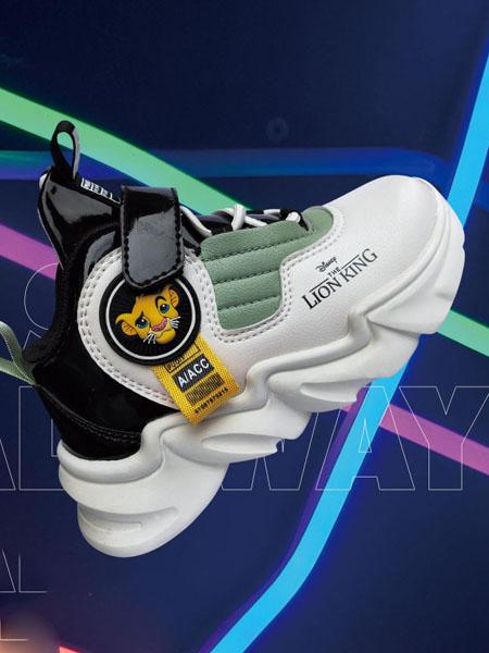 兽霸童品童鞋品牌2020秋冬白色黑色狮子王跑鞋