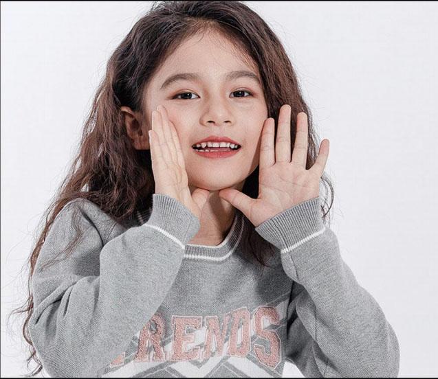 兽霸童品童装品牌2020秋冬灰色毛衣