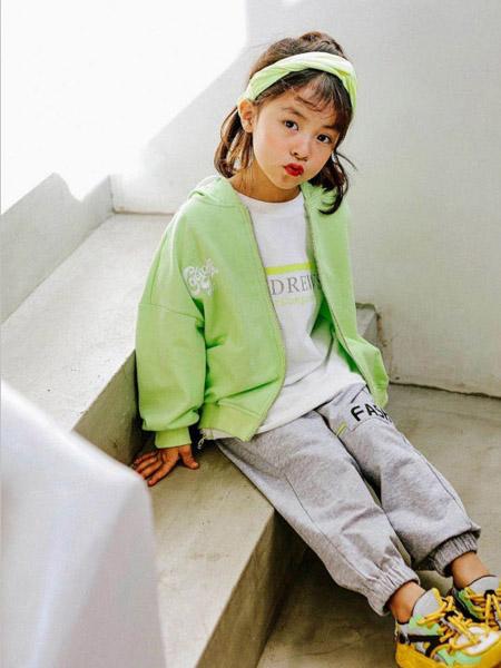 快乐精灵童装品牌2020秋冬绿色外套