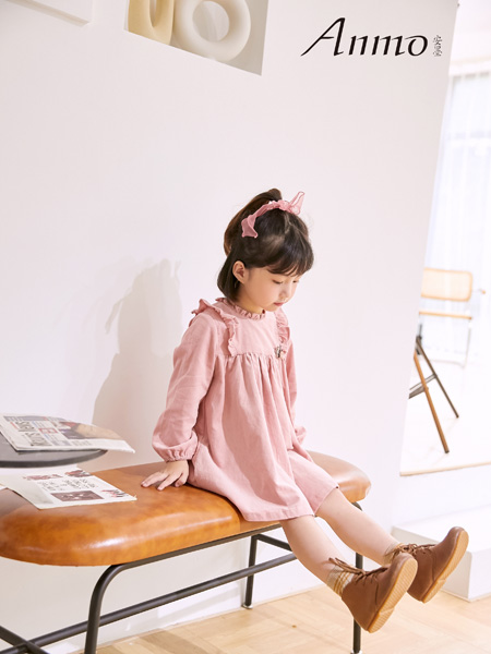 安墨Anmo童装品牌2020秋冬女童甜美娃娃衫