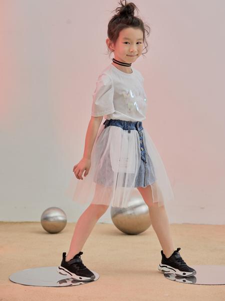 森林大王童鞋品牌2020春夏白底黑色运动鞋