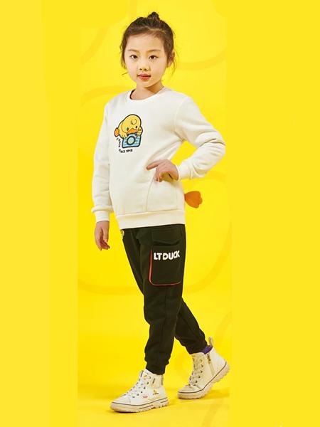 小黄鸭青少年童装品牌2020秋冬米色上衣