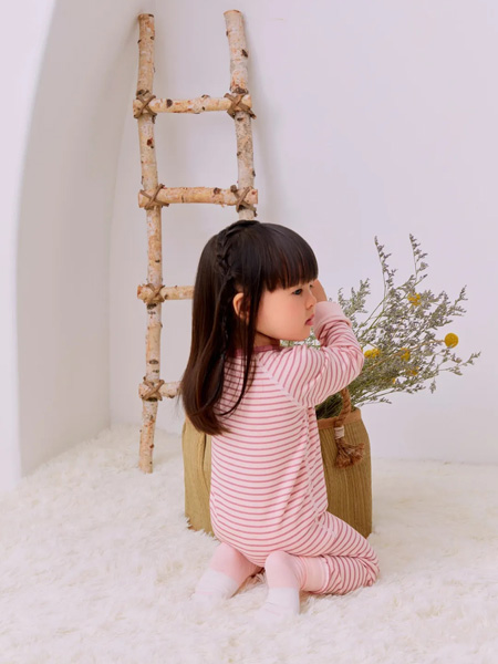 好孩子童装品牌2020秋冬粉色横纹秋衣秋裤