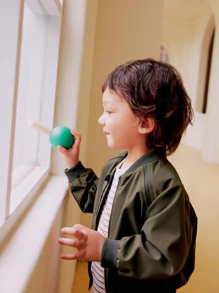 好孩子童装品牌2020秋冬青色外套