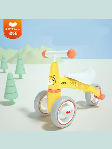 澳乐婴童用品澳乐儿童平衡扭扭车婴儿滑行学步车1-3岁宝宝无脚踏溜溜玩具车