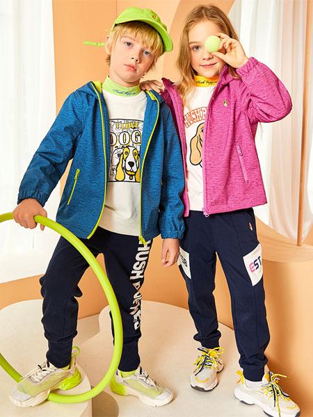 暇步士童装品牌2020秋冬保暖外套