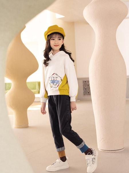 德蒙斯特童�b品牌2020秋冬米色�B帽�l衣