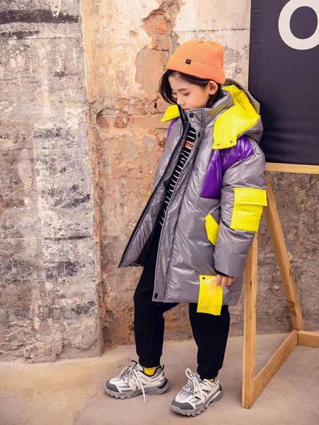 永福熊童装品牌2020秋冬银灰色中长款外套连帽