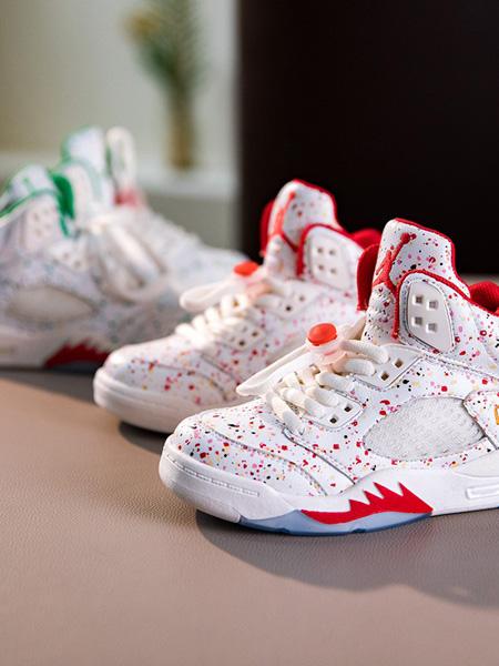 Cai.s Holley童鞋品牌2020秋冬波点红白色运动鞋