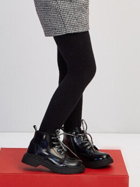 童装品牌2020秋冬宽松鞋头复古英伦皮靴 黑色