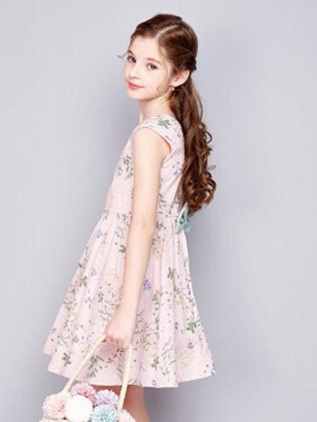 笛莎童装品牌2020秋冬粉色连衣裙