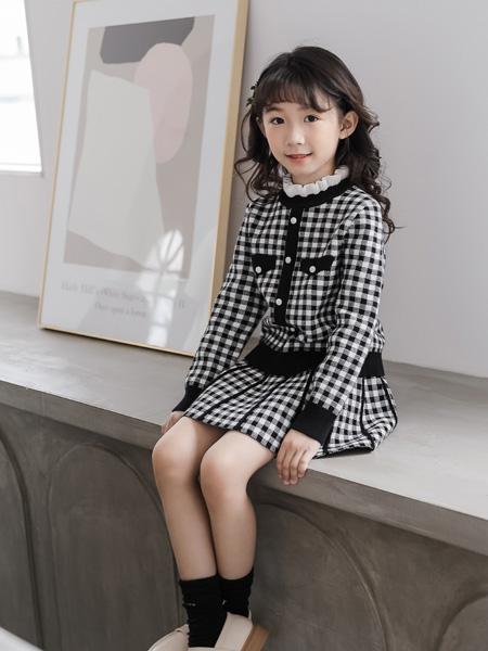 思贝秀童装品牌2020秋冬新品黑白格子连衣裙