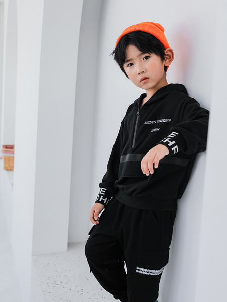 TU图零钱童装品牌2020秋冬黑色时尚带帽外套