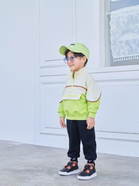 早言童装品牌2020秋冬新品绿色休闲外套