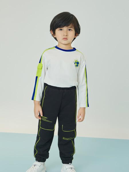 贝甜童装品牌2020秋冬白色休闲上衣