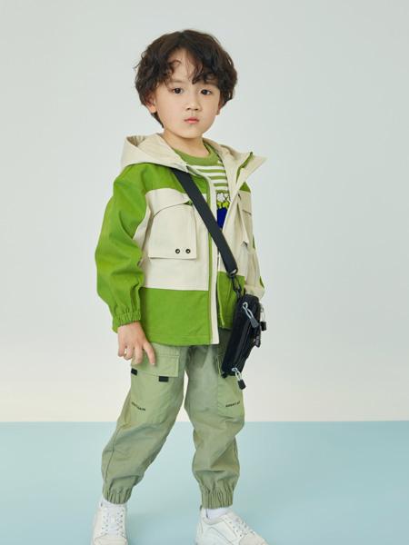 贝甜童装品牌2020秋冬绿灰色时尚上衣