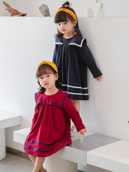 铭爵童装品牌2020秋大红色连衣裙