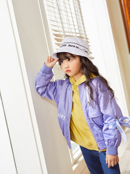 西瓜王子童装品牌2020秋冬紫色外套