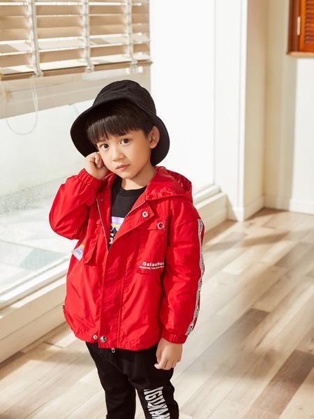西瓜王子童装品牌2020秋冬连帽大红色外套