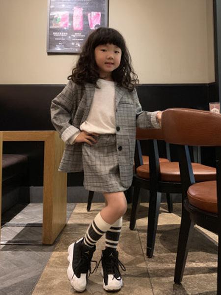 安朴童装品牌2020秋冬女童外套春2020儿童西装中大童套装格子韩版单排扣西服短裙小包裙