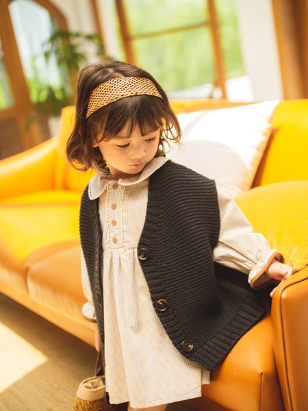 蒂萨纳D`sana童装品牌2020秋冬黑色时尚外套