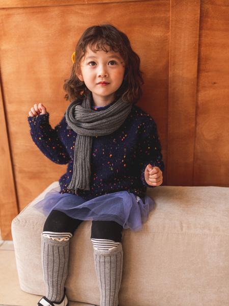 蒂萨纳D`sana童装品牌2020秋冬黑色斑点上衣