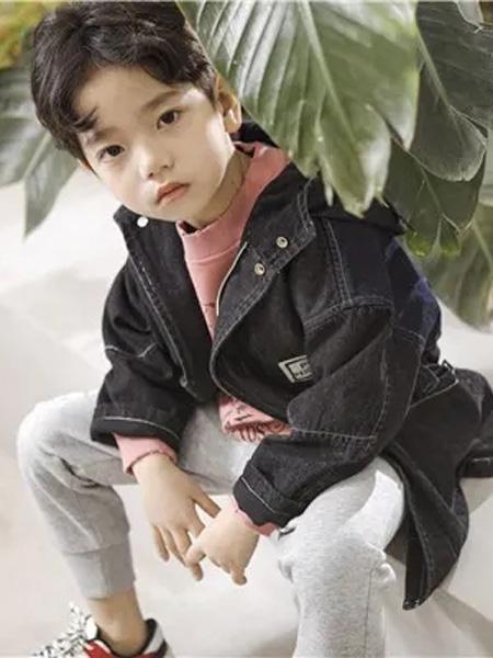 PEIQI Family童装品牌2020秋冬灰色休闲外套