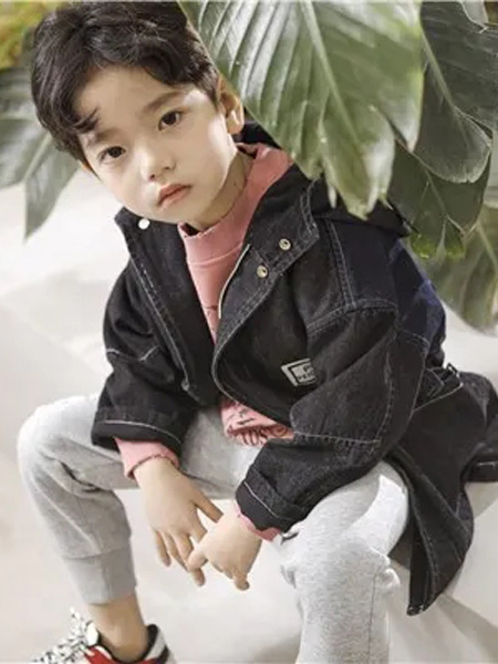 PEIQI KIDS童装品牌2020秋冬黑色时尚外套