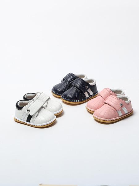 百丽国际童鞋品牌2020春夏粉黑白三色