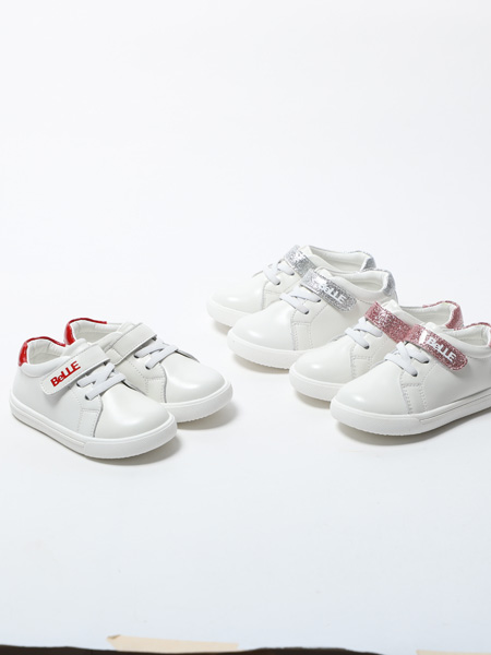 百丽国际童鞋品牌2020春夏白色板鞋