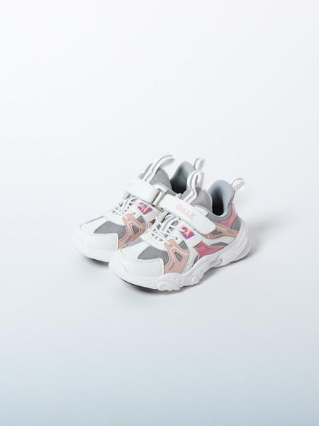 百丽国际童鞋品牌2020春夏粉白运动鞋