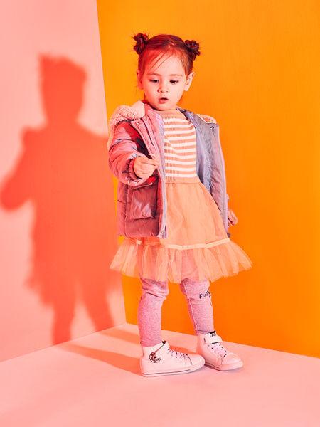 巴布豆童装品牌2020秋冬条纹连衣裙