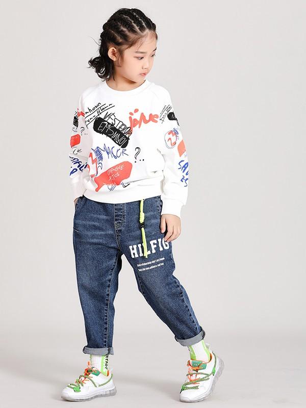 可趣可奇童装品牌2020秋冬白色涂鸦上衣