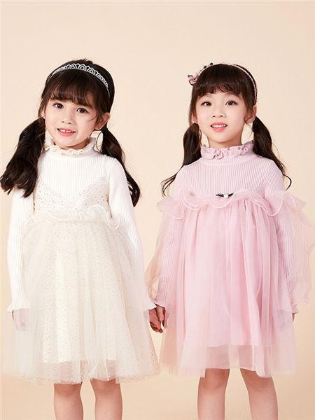 可趣可奇童装品牌2020秋冬童趣白色连衣裙